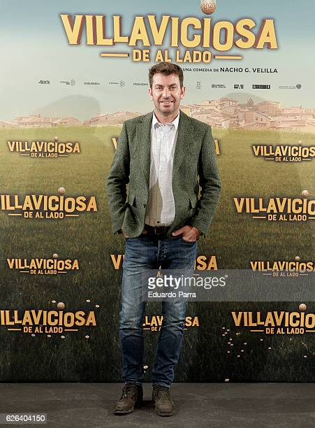 Actor Arturo Valls attends the 'Villaviciosa de Al Lado' photocall at Palacio de los Duques hotel on November 29 2016 in Madrid Spain