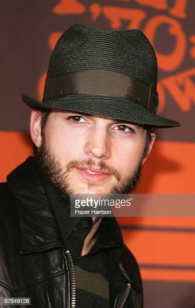 Actor Ashton Kutcher arrives at the Fox Television 'That 70s Show' wrap party held at Tropicana at The Roosevelt Hotel on may 6 2006 in Hollywood...