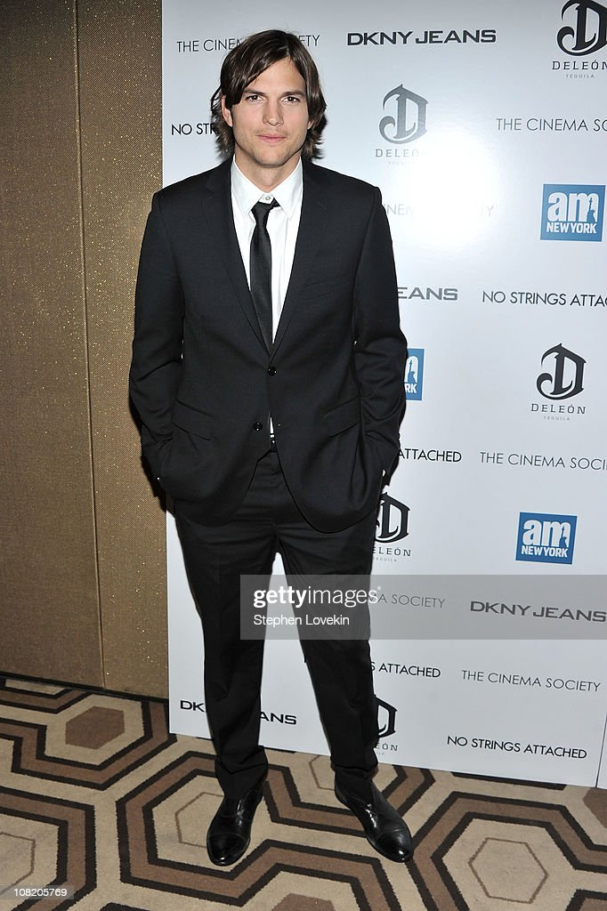 """The Cinema Society With DKNY Jeans & DeLeon Tequila Host A Screening Of """"No Strings Attached"""" - Inside Arrivals"""