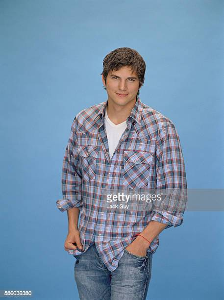 Actor Ashton Kutcher is photographed for Parade Magazine in 2006 in Los Angeles California PUBLISHED IMAGE