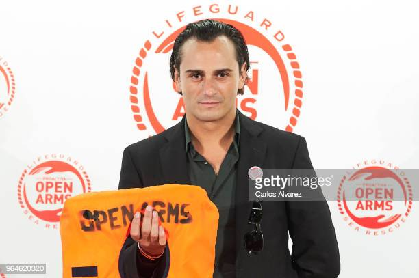 Actor Asier Etxeandia attends a dinner to benefit the Spanish humanitarian NGO Proactiva Open Arms at the Retiro Park on May 31 2018 in Madrid Spain