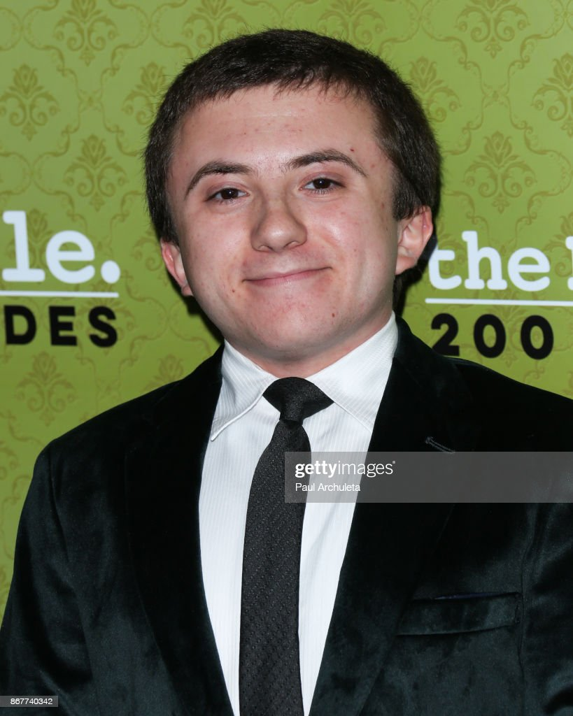 the shaffer Atticus shaffer (june 19, 1998) is an american actor best known for portraying brick heck on the abc sitcom the middle, as well as for voicing edgar in frankenweenie (2012), ono on the disney junior series the lion.