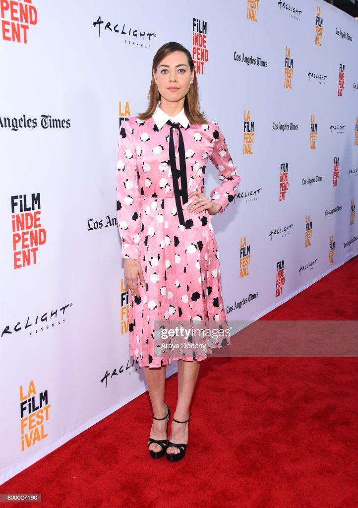 "2017 Los Angeles Film Festival - Closing Night Screening Of ""Ingrid Goes West"" : Foto jornalística"