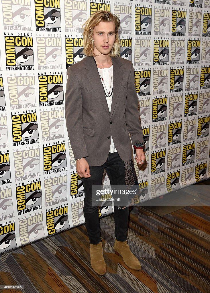 "Comic-Con International 2015 - ""The Shannara Chronicles"" Press Room"