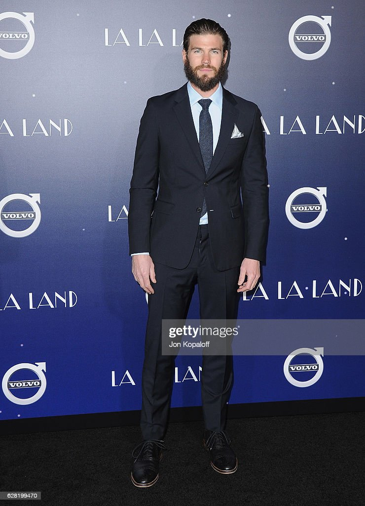 "Premiere Of Lionsgate's ""La La Land"" - Arrivals : News Photo"