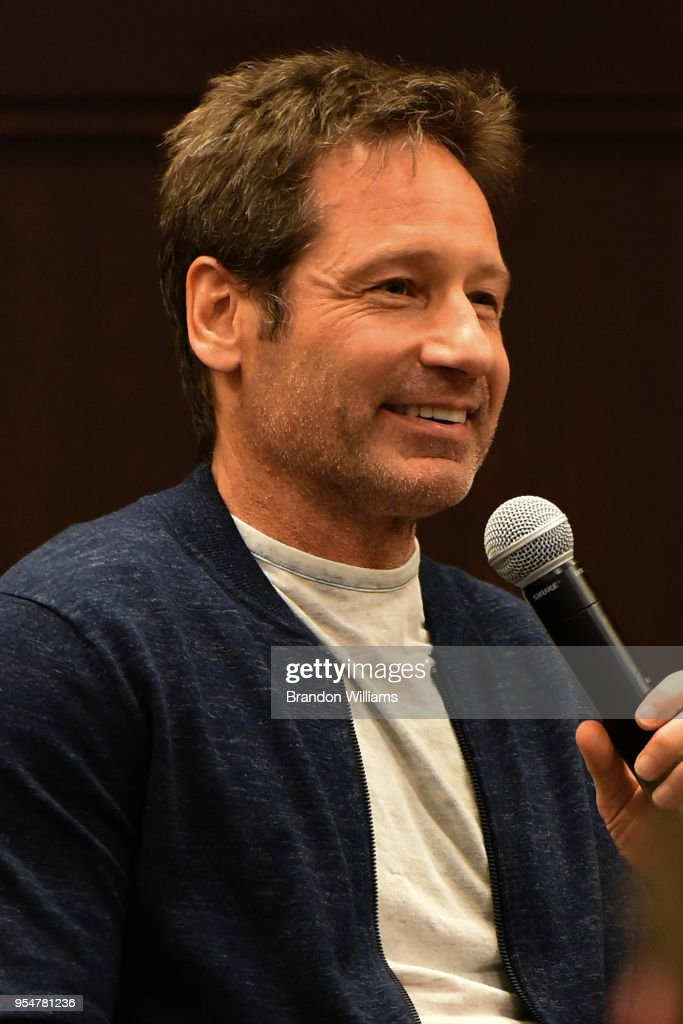 """David Duchovny Signs Copies Of His New Book """"Miss Subways"""""""
