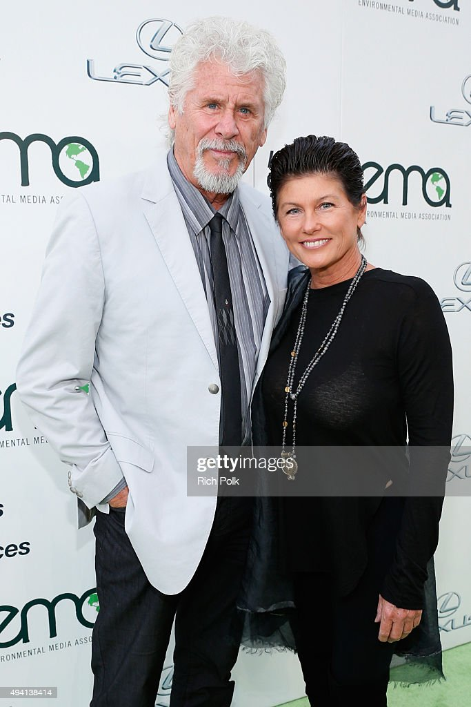 Environmental Media Association Hosts Its 25th Annual EMA Awards Presented By Toyota And Lexus - Red Carpet : News Photo