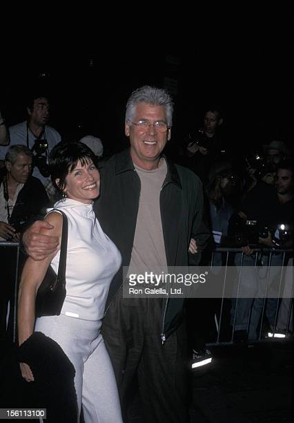 Actor Barry Bostwick and wife Sherri Jensen attending the premiere of 'Serendipity' on October 3 2001 at the Ziegfeld Theater in New York City New...
