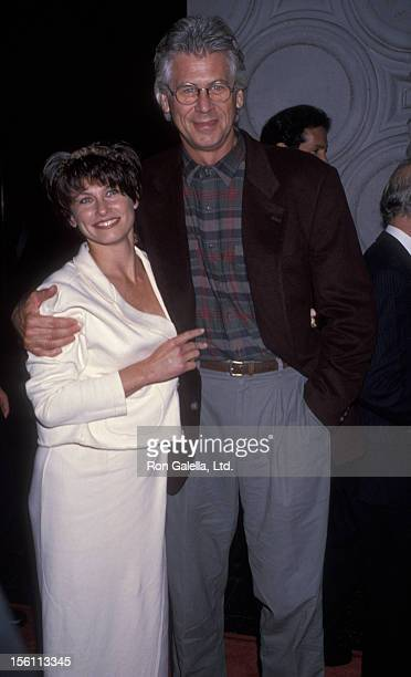 Actor Barry Bostwick and wife Sherri Jensen attending the world premiere of 'Gypsy' on November 1 1993 at El Capitan Theater in Hollywood California