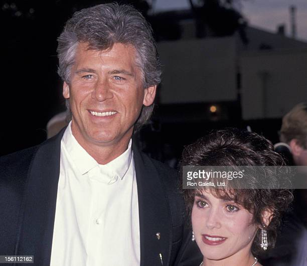 Actor Barry Bostwick and wife Stacey Nelkin attending 15th Annual People's Choice Awards on March 12 1989 at Disney Studios in Burbank California