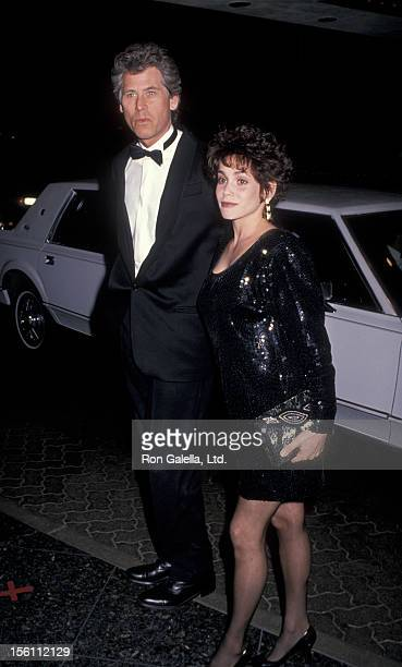 Actor Barry Bostwick and wife Stacey Nelkin attending 46th Annual Golden Globe Awards on January 28 1989 at the Beverly Hilton Hotel in Beverly Hills...