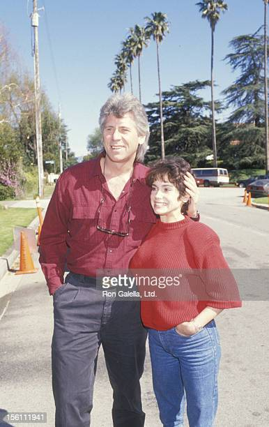 Actor Barry Bostwick and wife Stacey Nelkin attending 'Benefit For McClaren Home For Abused Children' on March 12 1988 at Henry Winkler's home in...