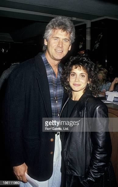 Actor Barry Bostwick and wife Stacey Nelkin attending the premiere of 'Cross Your Heart' on November 9 1987 at the Academy Theater in Beverly Hills...