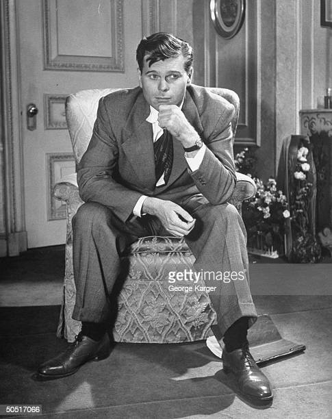 Actor Barry Nelson, playing a young copyright in Light Up The Sky.