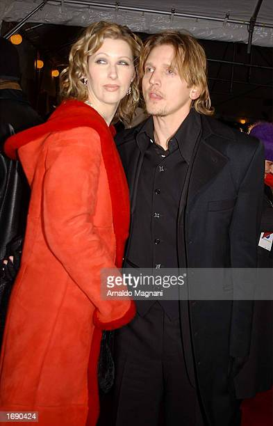 Actor Barry Pepper and wife Cindy attend the premiere of 25th Hour at the Ziegfeld Theater on December 16 2002 in New York City