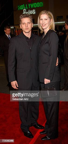Actor Barry Pepper arrives with his wife Cindy at the premiere of the movie We Were Soldiers February 25 2002 in Los Angeles CA
