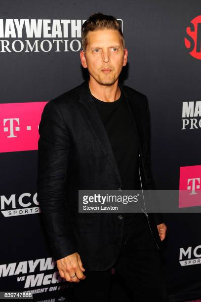 Actor Barry Pepper attends the VIP party before the boxing match between boxer Floyd Mayweather Jr and Conor McGregor at TMobile Arena on August 26...