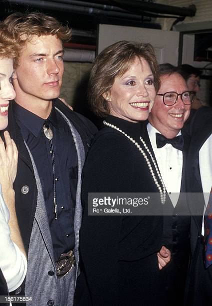 Actor Barry Tubb and actress Mary Tyler Moore backstage after 'Sweet Sue' Opening Night Performance on January 8 1987 at the Music Box Theatre in New...
