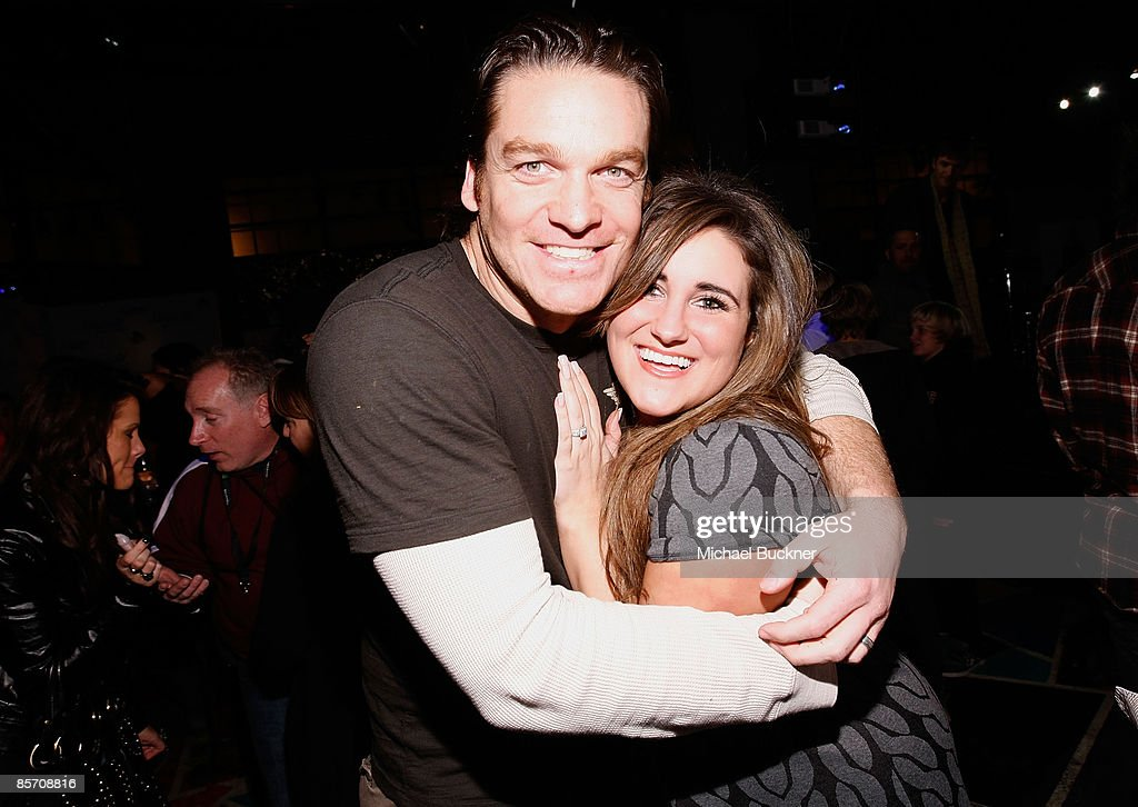 Actor Bart Johnson (L) and actress KayCee Stroh attend Green SNOW Art Show At Stanfield Artist's Lounge on January 21, 2009 in Park City, Utah.