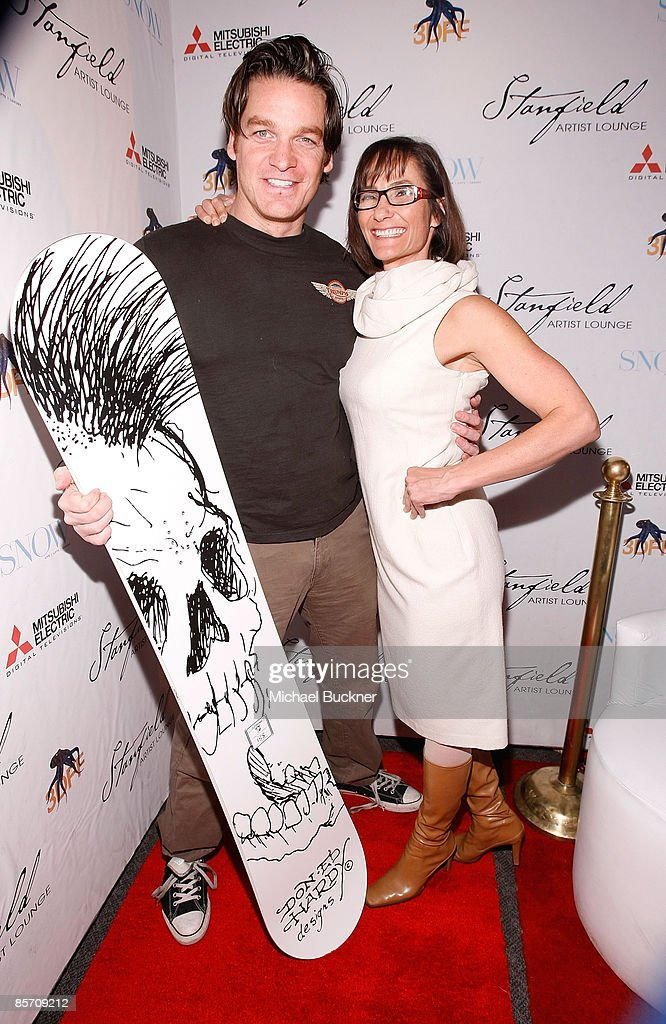 Actor Bart Johnson (L) and Snow Magazine Editor-in-Chief Barbara Sanders attend Green SNOW Art Show At Stanfield Artist's Lounge on January 21, 2009 in Park City, Utah.