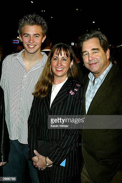 Actor Beau Bridges his wife Wendy and son Dylan arrive at the premiere of Welcome to Mooseport at the Village Theater on February 10 2004 in Los...