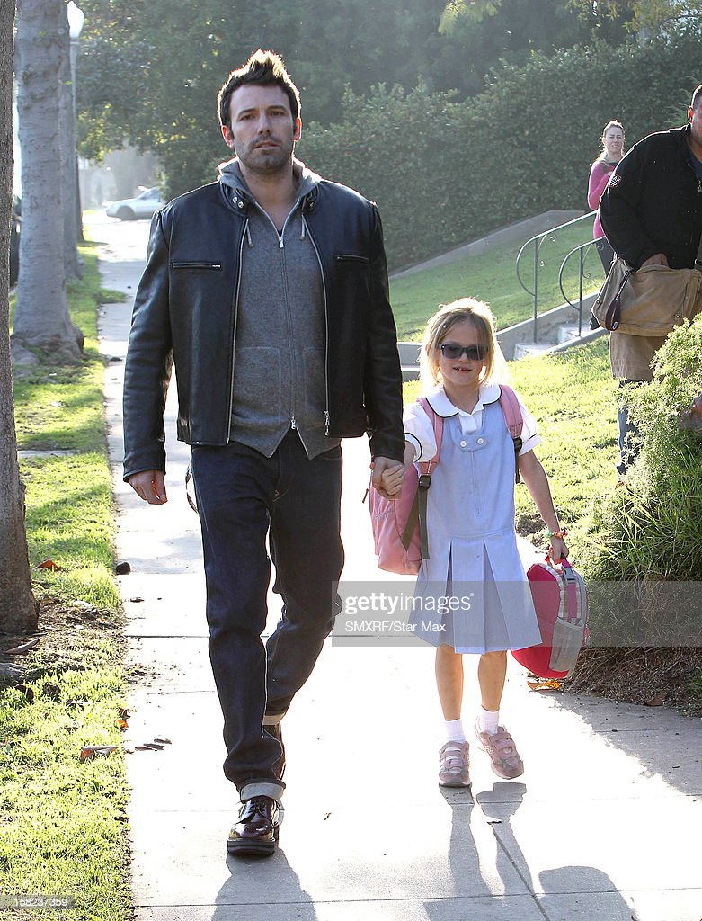 Celebrity Sightings In Los Angeles - December 11, 2012 : News Photo