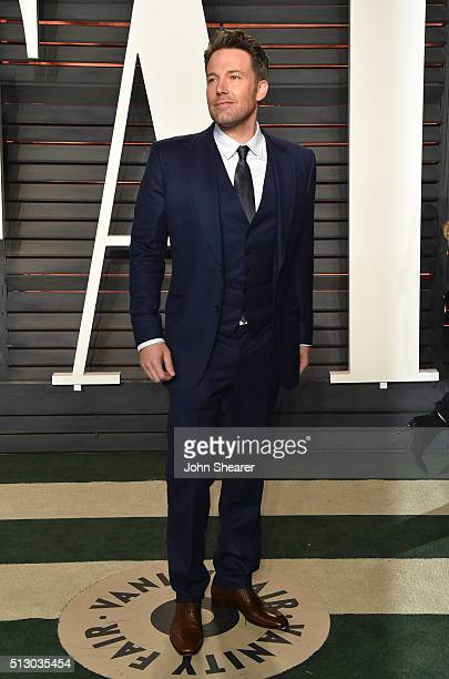 Actor Ben Affleck arrives at the 2016 Vanity Fair Oscar Party Hosted By Graydon Carter at Wallis Annenberg Center for the Performing Arts on February...