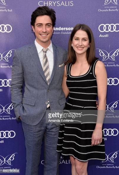 Actor Ben Feldman And His Wife Michelle Mulitz Arrive At The 13th News Photo Getty Images Michelle and i were so excited to share this beautiful day with our best friends and family in d.c., feldman tells people. https www gettyimages com detail news photo actor ben feldman and his wife michelle mulitz arrive at news photo 450285858