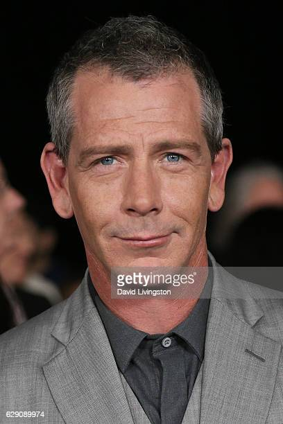 Actor Ben Mendelsohn arrives at the premiere of Walt Disney Pictures and Lucasfilm's Rogue One A Star Wars Story at the Pantages Theatre on December...