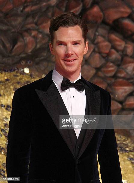 """Actor Benedict Cumberbatch attends the """"The Hobbit: The Desolation of Smaug"""" European Premiere at Cinestar on December 9, 2013 in Berlin, Germany."""