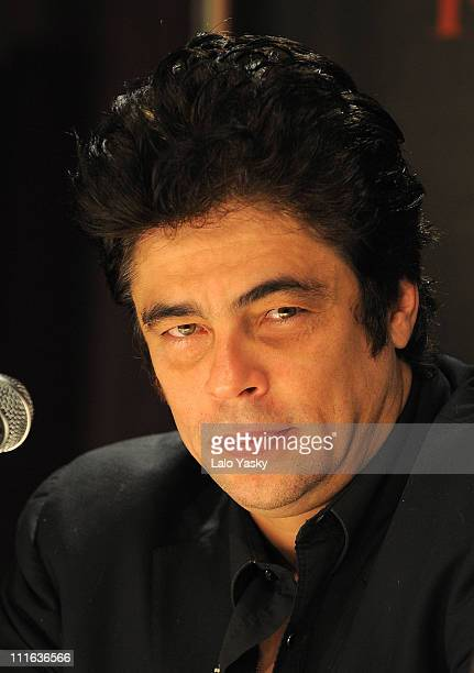 Actor Benicio Del Toro attends the 'Che' press conference and photocall at the Faena Hotel on October 28 2008 in Buenos Aires Argentina