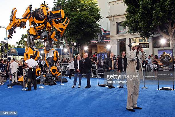 Actor Bernie Mac arrives to Paramount Pictures' premiere of Transformers held at Mann's Village Theater on June 27 2007 in Westwood California