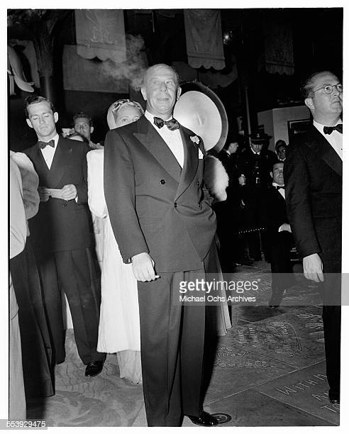 Actor Bert Lahr poses outside the Grauman's Chinese Theatre in Los Angeles California