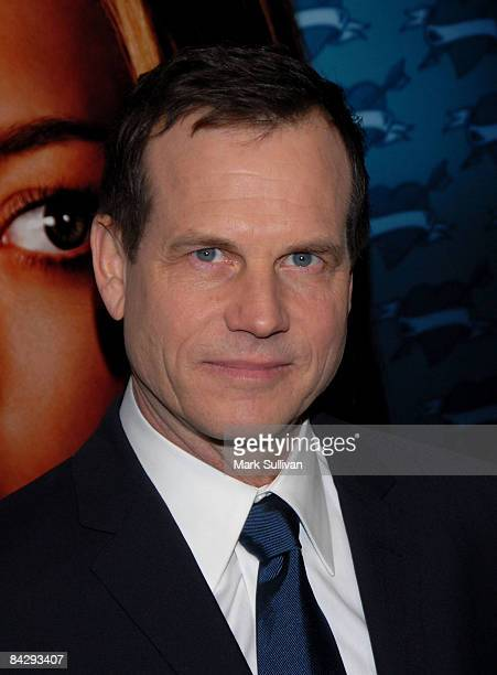 Actor Bill Paxton arrives at the 3rd season Los Angeles premiere of Big Love at The Cinerama Dome on January 14 2009 in Hollywood California