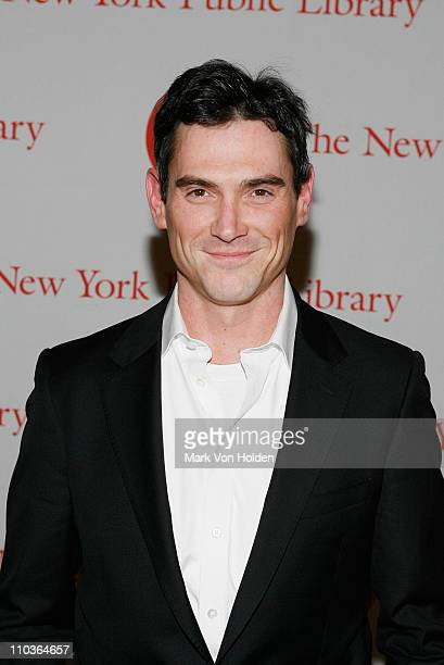 Actor Billy Crudup attend the 2009 Young Lions Fiction Awards at the Celeste Bartos Forum at The New York Public Library on March 16, 2009 in New...