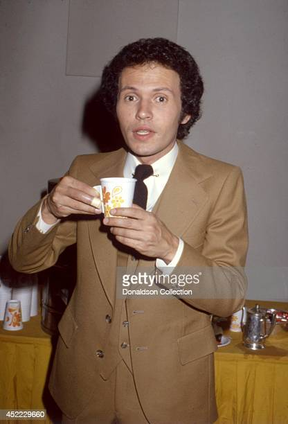 Actor Billy Crystal poses for a portrait session in 1979 in Los Angeles, California.
