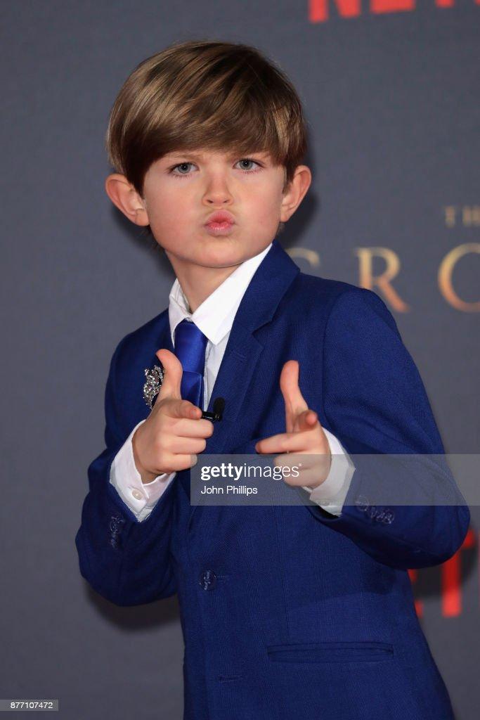 """The Crown"" Season 2 World Premiere - Red Carpet Arrivals : News Photo"