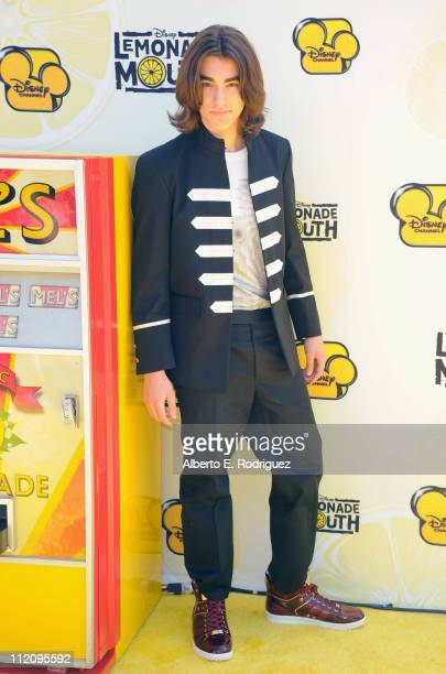 """Actor Blake Michael arrives to the premiere of Disney Channel's """"Lemonade Mouth"""" at Stevenson Middle School on April 12, 2011 in Los Angeles,..."""