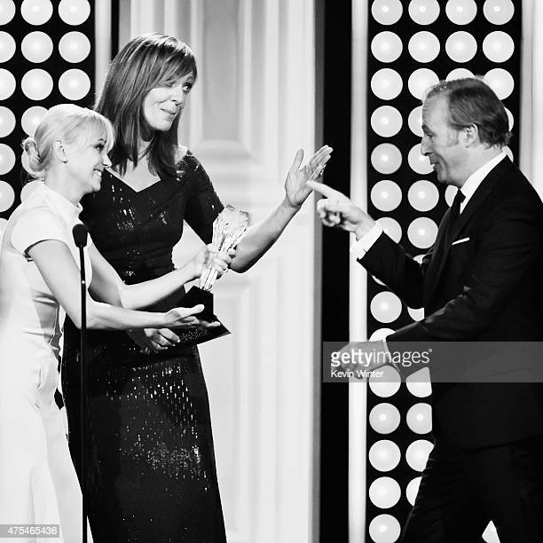 Actor Bob Odenkirk accepts the Best Actor in a Drama Series award for Better Call Saul from actors Anna Faris and Allison Janney onstage at the 5th...