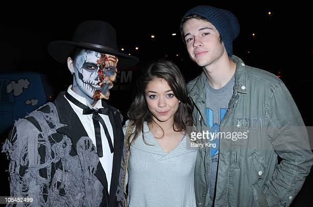 Actor BooBoo Stewart actress Sarah Hyland and actor Matt Prokop attend Knott's Scary Farm Halloween Haunt at Knott's Berry Farm on October 13 2010 in...