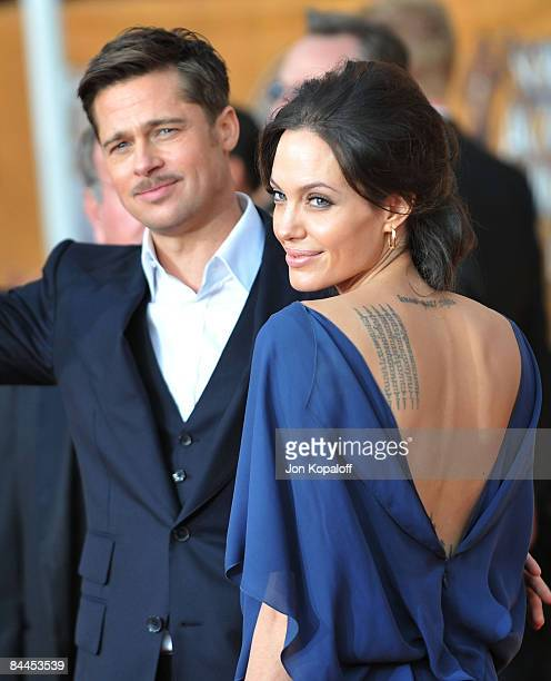 Actor Brad Pitt and actress Angelina Jolie arrive at the 15th Annual Screen Actors Guild Awards held at the Shrine Auditorium on January 25, 2009 in...