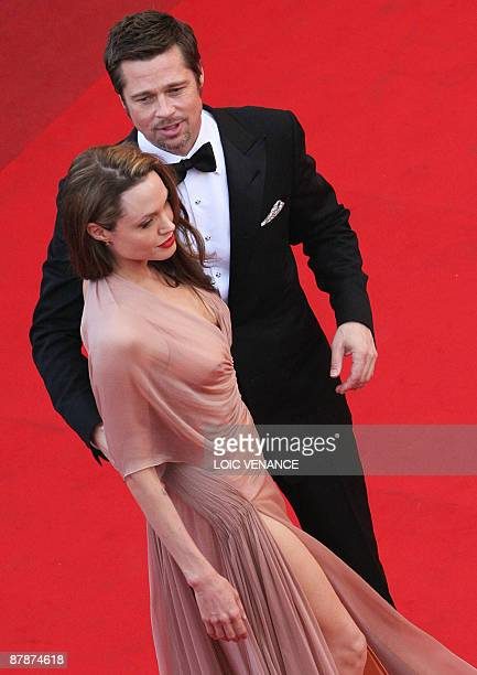 """Actor Brad Pitt and actress Angelina Jolie arrive for the screening of the movie """"Inglourious Basterds"""" directed by Quentin Tarantino in competition..."""
