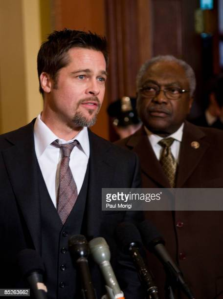Actor Brad Pitt and Democratic Whip James Clyburn discuss the Make it Right project in the Speaker's Balcony Hallway in The Capital on March 5 2009...