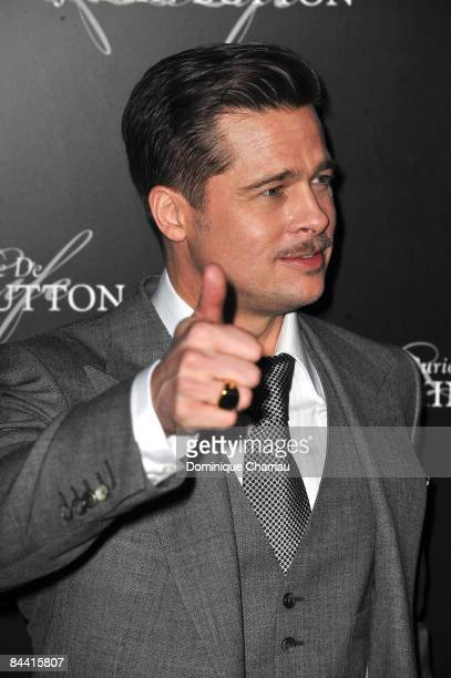 Actor Brad Pitt attends The Curious Case of Benjamin Button Paris Premiere at Gaumont Marignan on January 22 2009 in Paris France