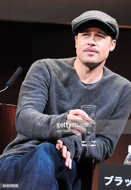 Actor Brad Pitt attends the The Curious Case of Benjamin Button press conference at Grand Hyatt Tokyo on January 28 2009 in Tokyo Japan The film will...