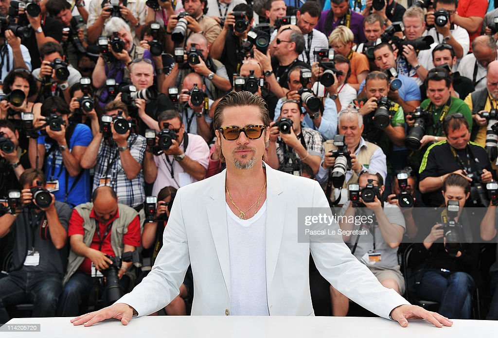 Actor Brad Pitt attends 'The Tree Of Life' photocall during the 64th Annual Cannes Film Festival at Palais des Festivals on May 16, 2011 in Cannes, France.