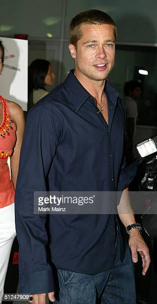 """Actor Brad Pitt attends the Warner Independent Pictures Premiere of """"Criminal"""" at the Arclight Theatre August 30, 2004 in Los Angeles, California."""