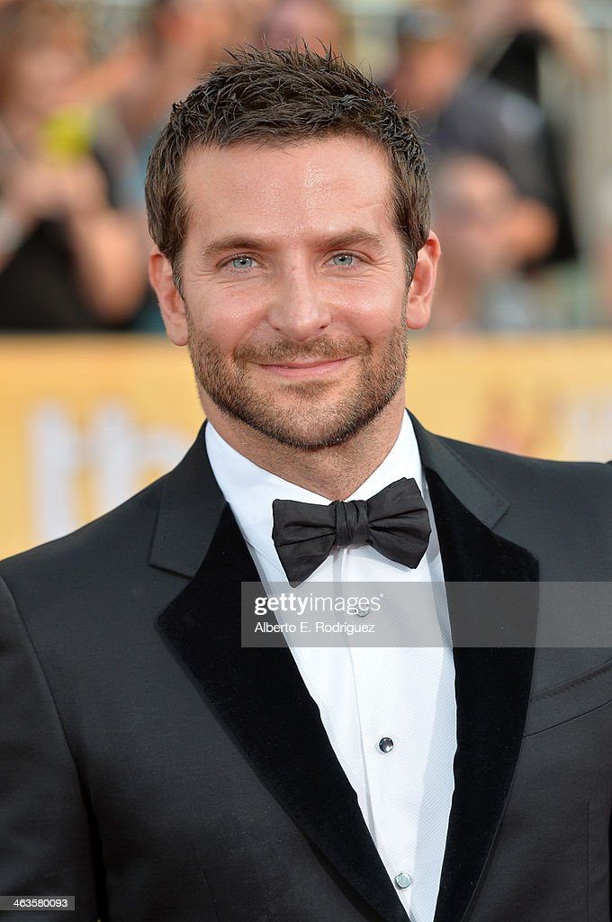 20th Annual Screen Actors Guild Awards - Red Carpet : News Photo