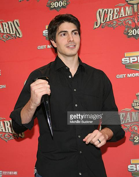 Actor Brandon Routh winner of Best Superhero poses with his award in the press room for Spike TV's Scream Awards 2006 at the Pantages Theatre on...