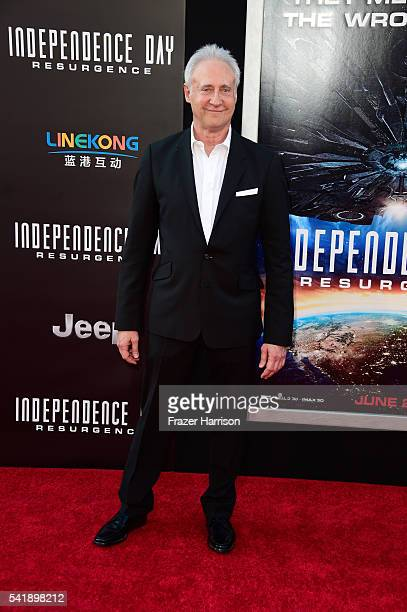 Actor Brent Spiner attends the premiere of 20th Century Fox's Independence Day Resurgence at TCL Chinese Theatre on June 20 2016 in Hollywood...